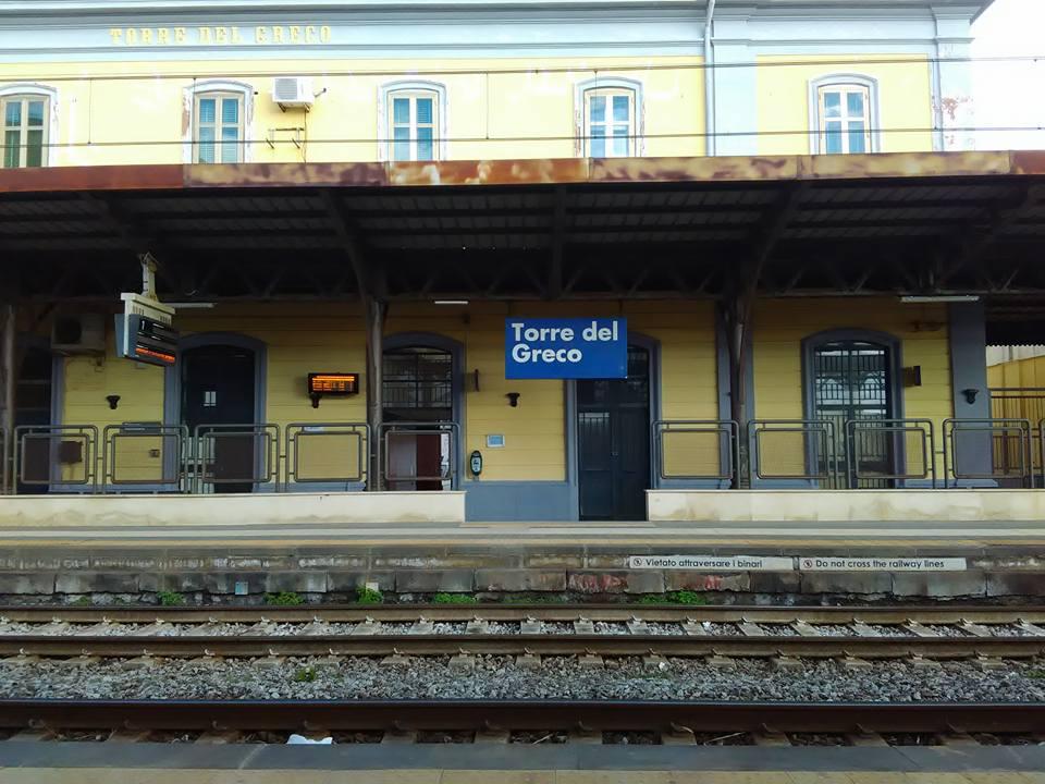vlak torre del greco napoli 2