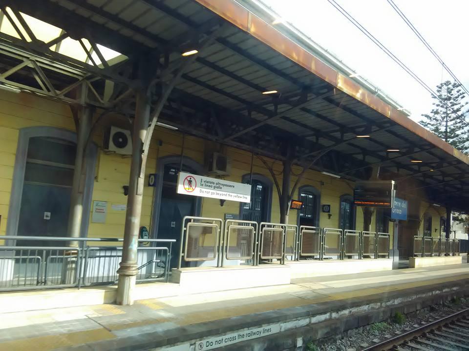 vlak torre del greco napoli 4