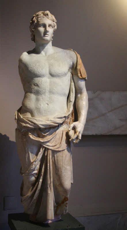Статуя на Александър Македонски в Архелогическия музей в Истанбул източник: Уикипедия