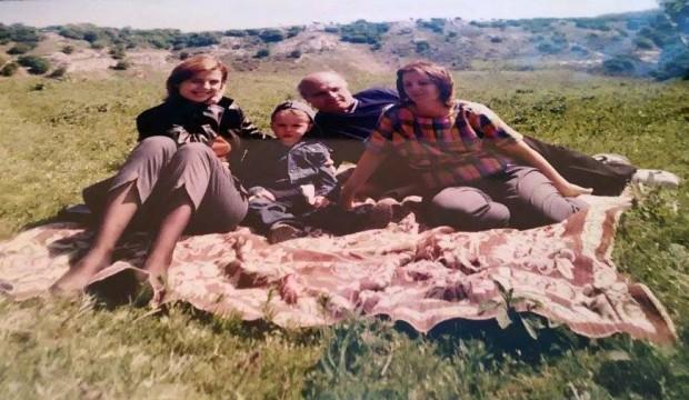 Ники, мама, баба и дядо