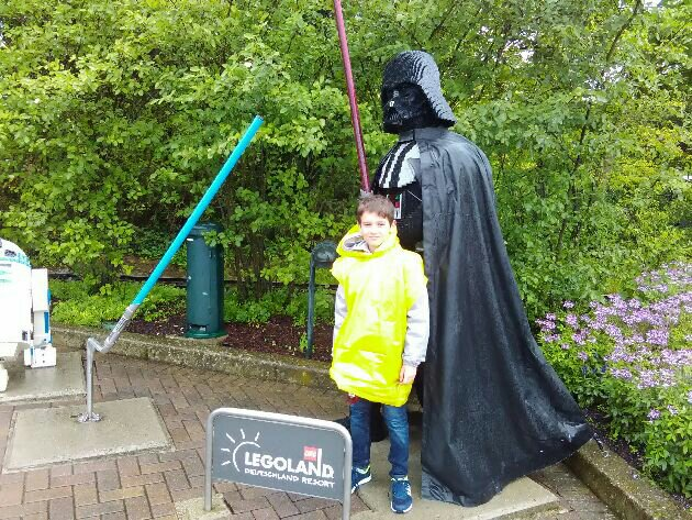 legoland-germany-26-july-2017-viki darth vader star wars