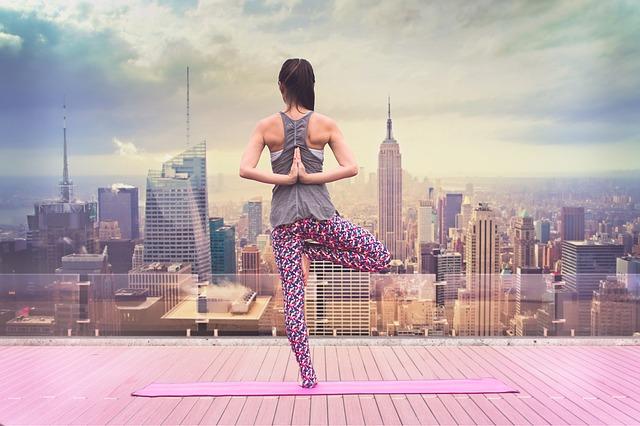 yoga-3178198_640