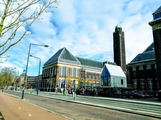 TU Delft 12