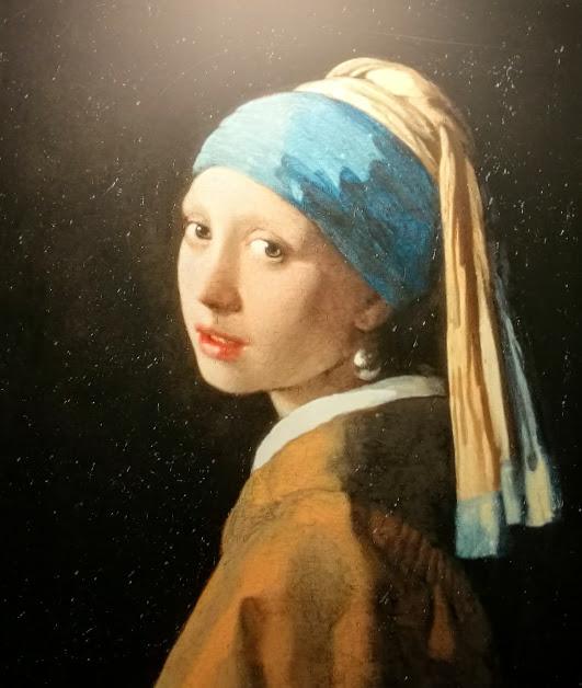 """""""Момичето с перлената обица"""" художник: Вермеер репродукция във Vermeer centrum Delft"""