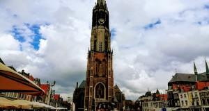 Новата църква и площад Markt в центъра на Делфт