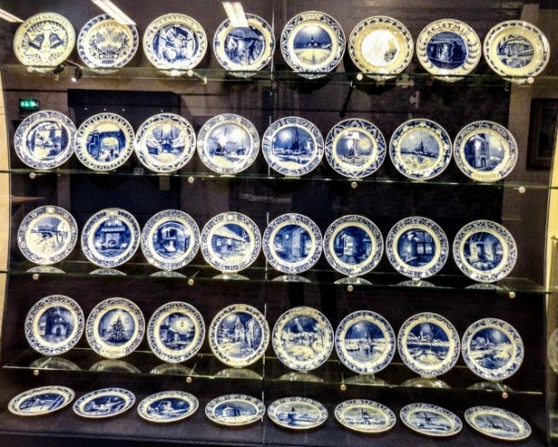 royal delft 12