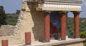1024px-Knossos_Palace