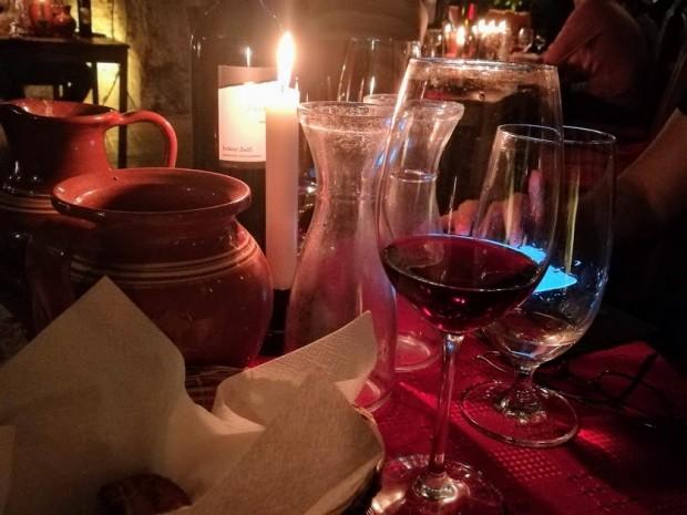 Faust vinarna budapest cherveno