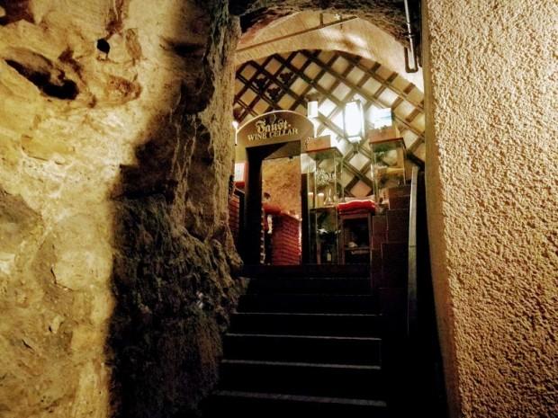 Faust vinarna budapest vhod