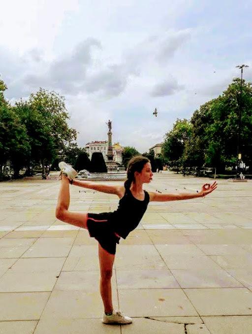 Иринка на състезание по йога в Русе