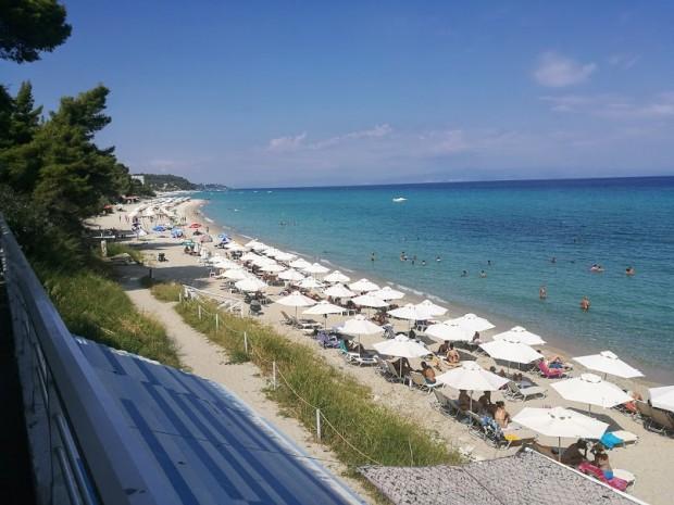agora beach plaj 2