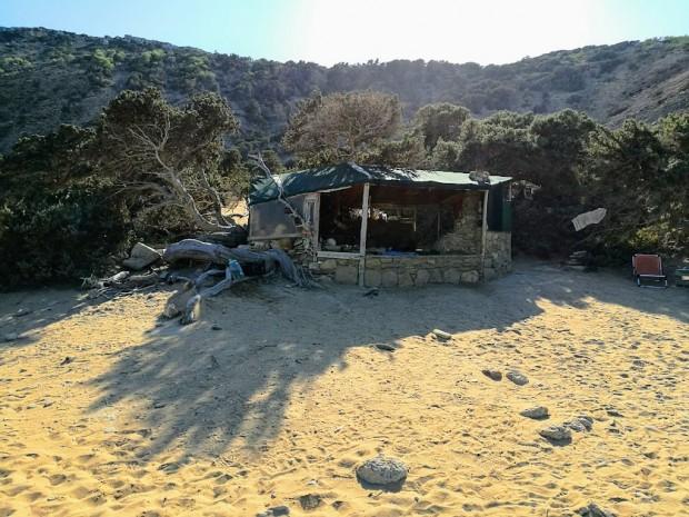 """Най-добрият """"имот"""" на плажа Агиянис"""