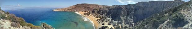 Панорамна гледка към плажа Потамос