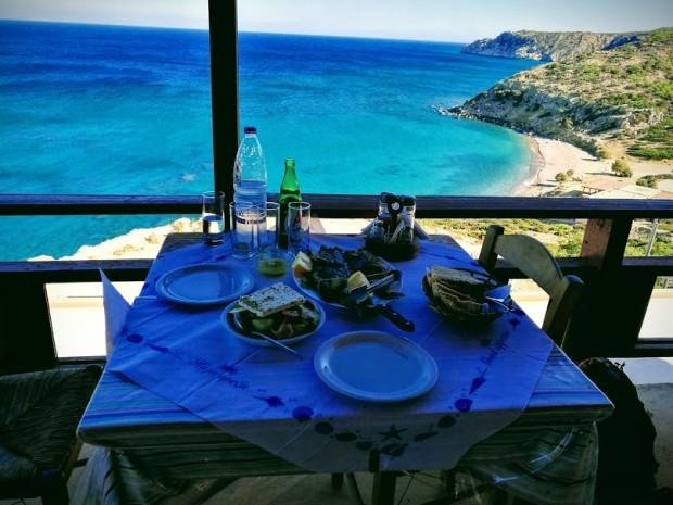"""Вкусната риба в таверна """"Панорама"""" на остров Гавдос"""