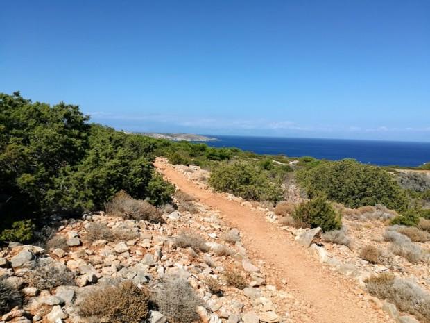 Пътеката към Трипити - най-южната точка на Европа