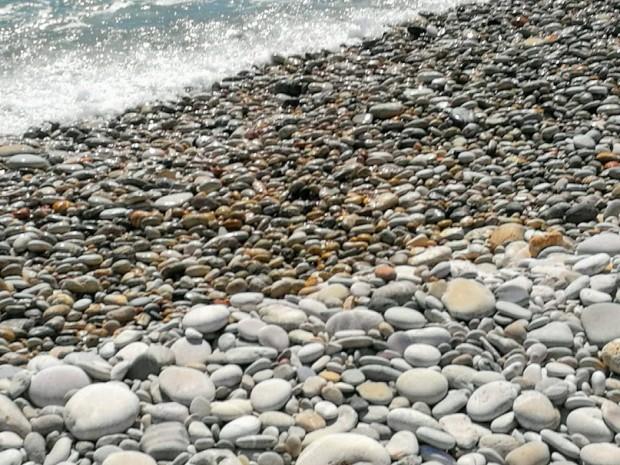 Камъчетата на плажа Трипити на остров Гавдос