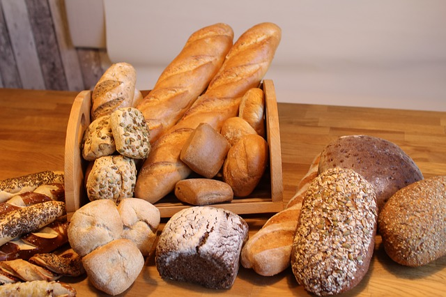 bread-1782526_640