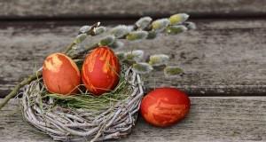 easter-eggs-2145667_640