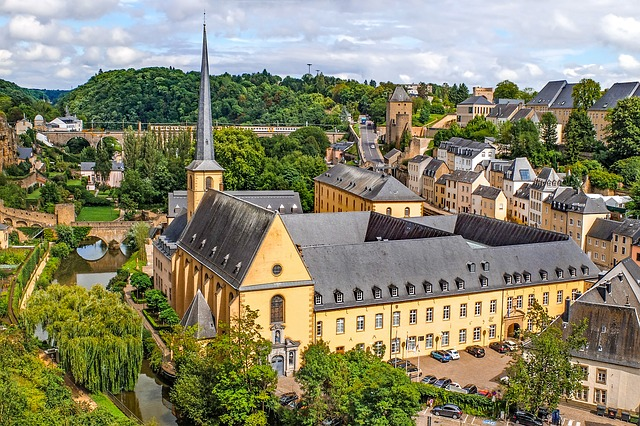 luxembourg-2648046_640