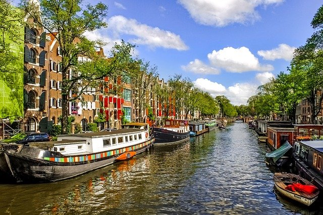 canal-2659062_640