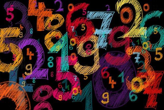 background-5594879_640 (1)