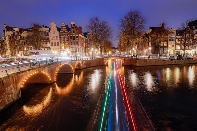 amsterdam-4693608_640