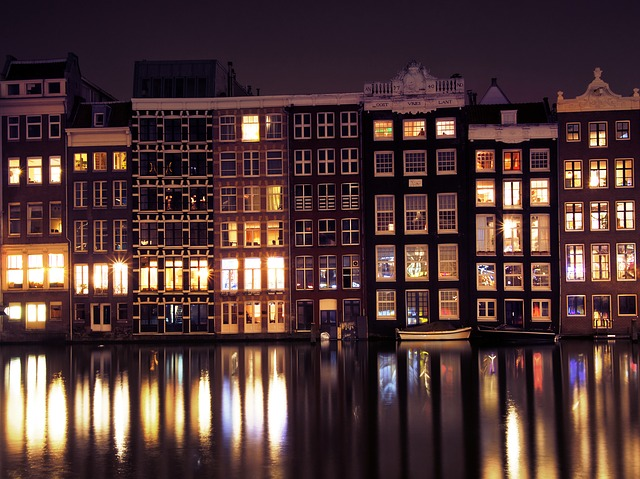 amsterdam-3993817_640