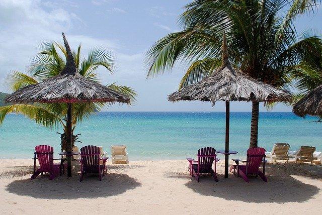 caribbean-beach-1941529_640