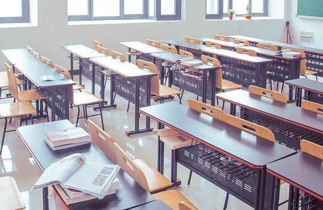 classroom-2787754_640