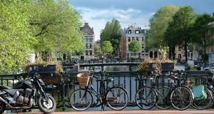 amsterdam-2799491_640 (1)